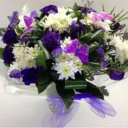Flowers בגווני סגול ולבן