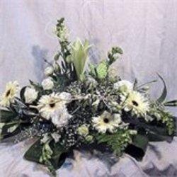 Flowers בלבן
