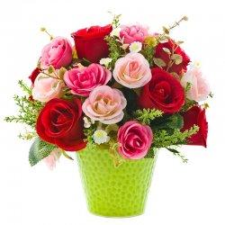 מגוון ורדים בכלי
