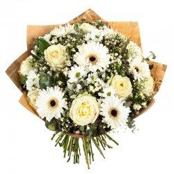 זר פרחים כפרי לבן