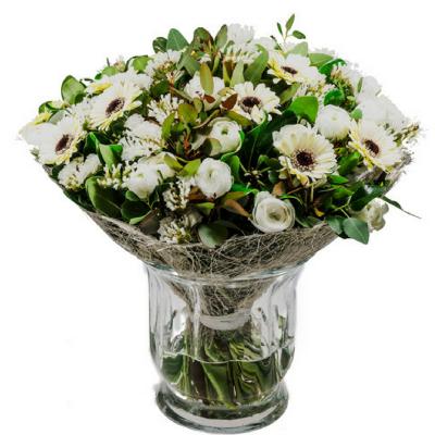זר פרחים כפרי בלבן