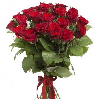 זר רומנטי ורדים אדומים