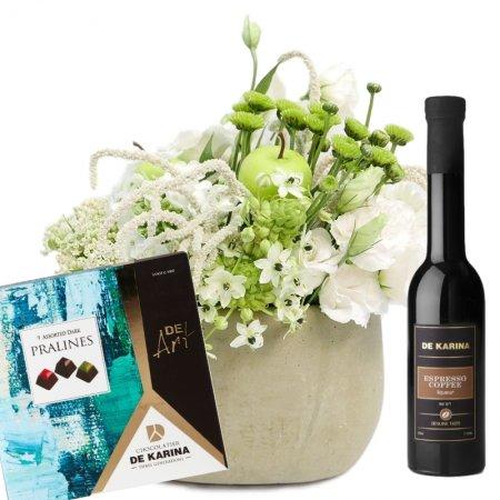 דיל סידור פרחים לבן וחגיגי