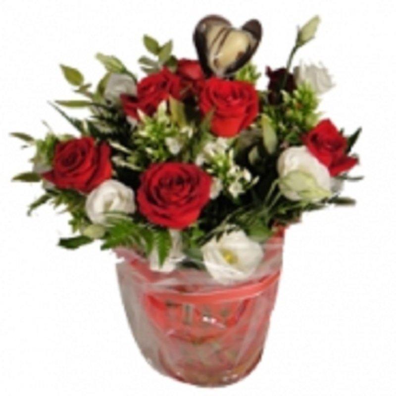 זר פרחים באהבה גדולה