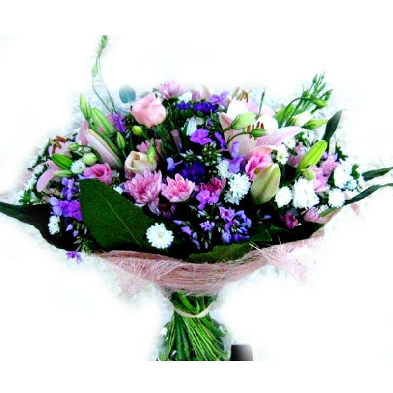 זר פרחים בסגול ורוד