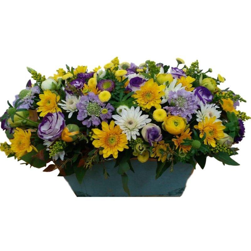 סידור פרחים צהוב סגול