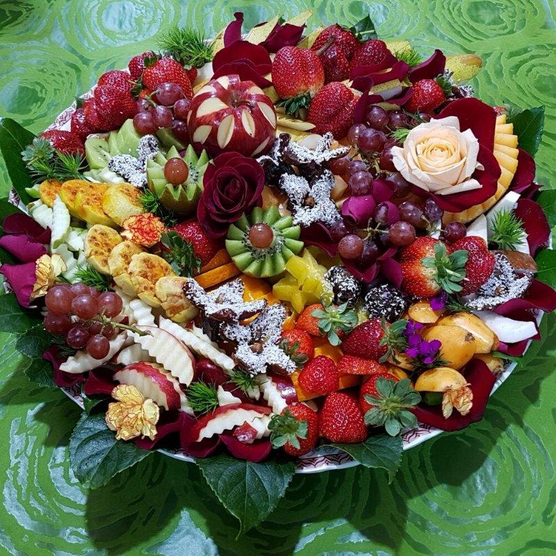 שושניתוש מגש פירות