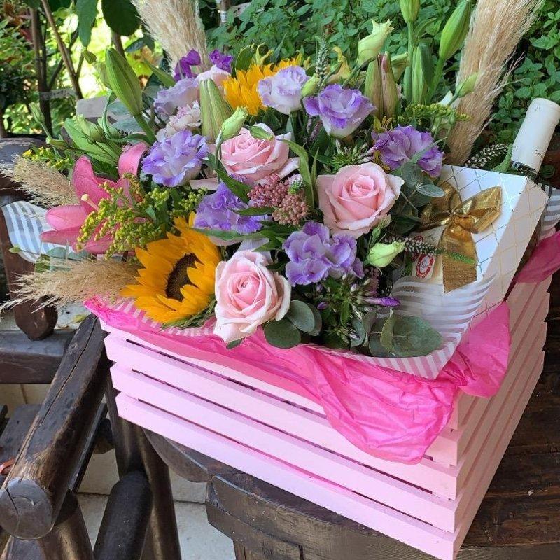 סידור פרחים בארגז מיוחד